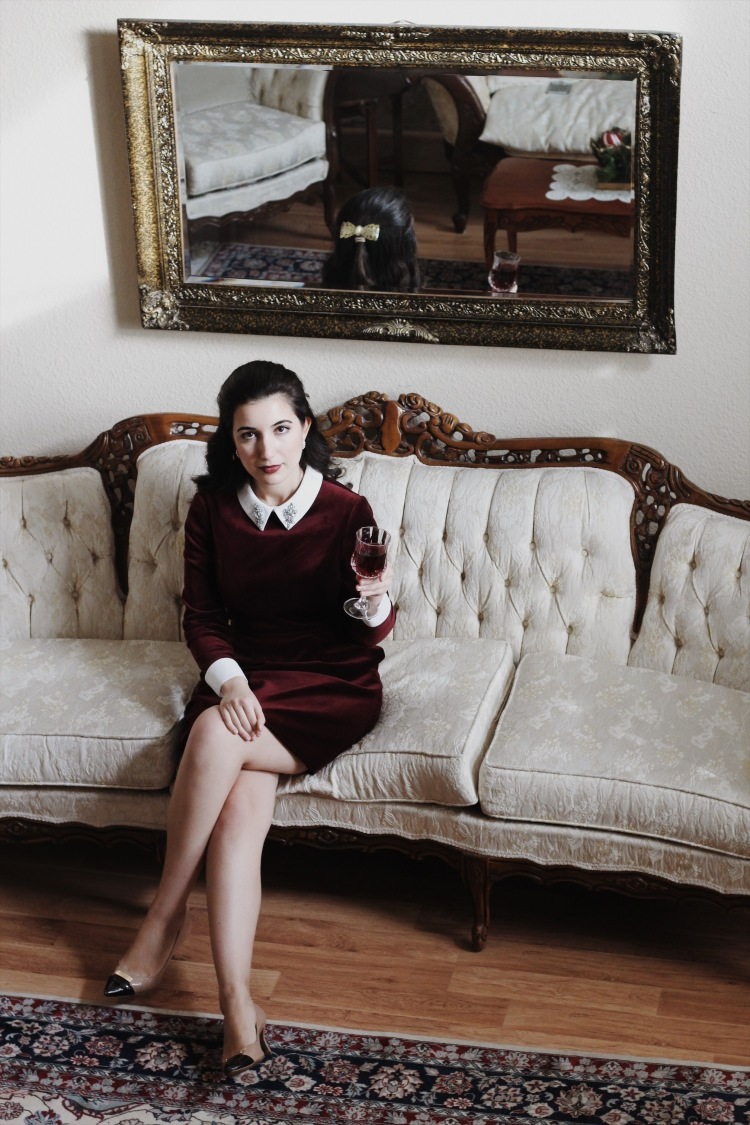 Ted Baker, Ted Baker dress, burgundy, hair bow, rhinestone collar, Coach, Coach pumps, pumps, dress, velvet dress, lookbook, fashion blogger, fashion, style, Christmas style, Christmas fashion