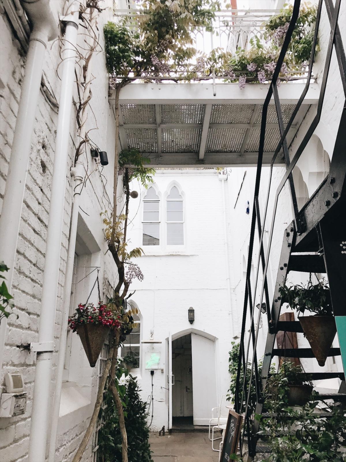 Notting Hill, United Kingdom, Sister Jane, London,