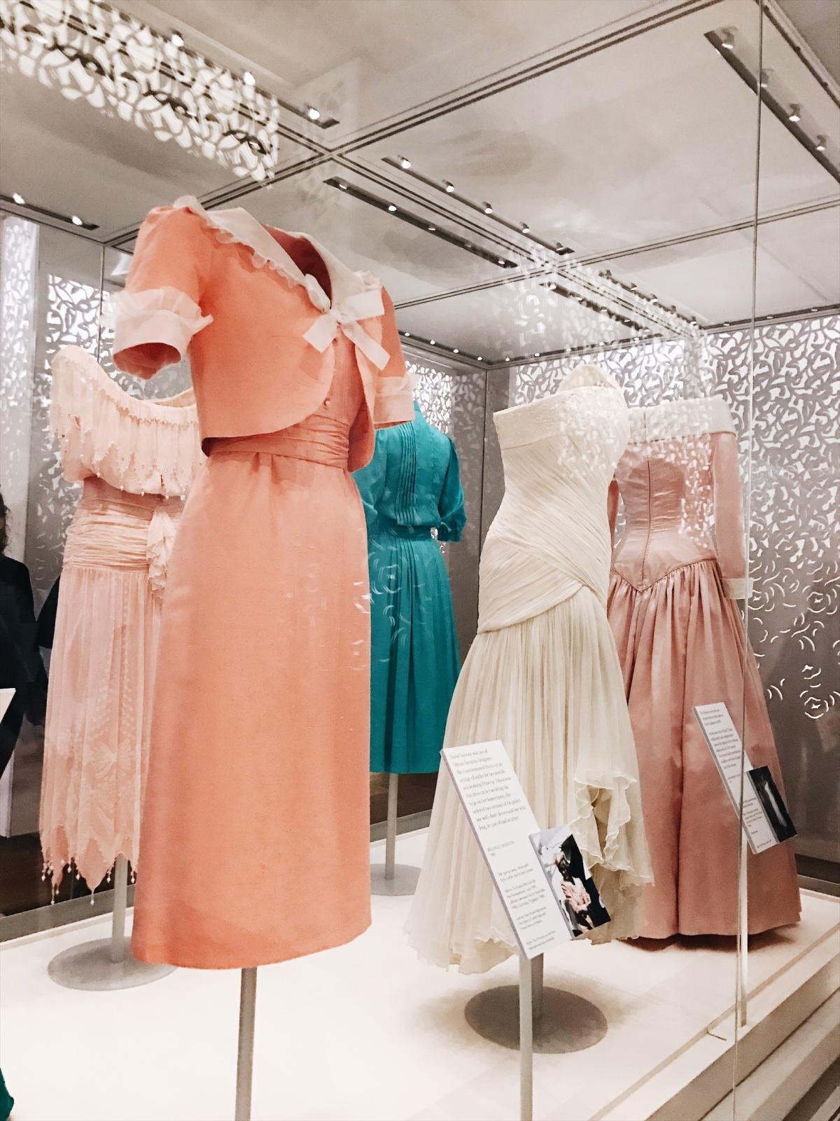 fashion exhibit, Kensington Palace, Princess Diana fashion exhibit, Diana: Her Fashion Story