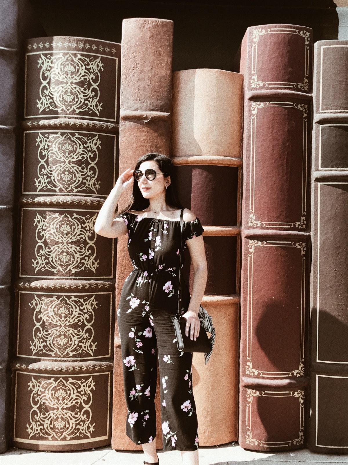 Iliad Bookshop, bookish, Los Angeles bookshop, Burbank book shop, Burbank, fashion blogger, style blogger, book blogger, floral jumpsuit, Prada Sunglasses