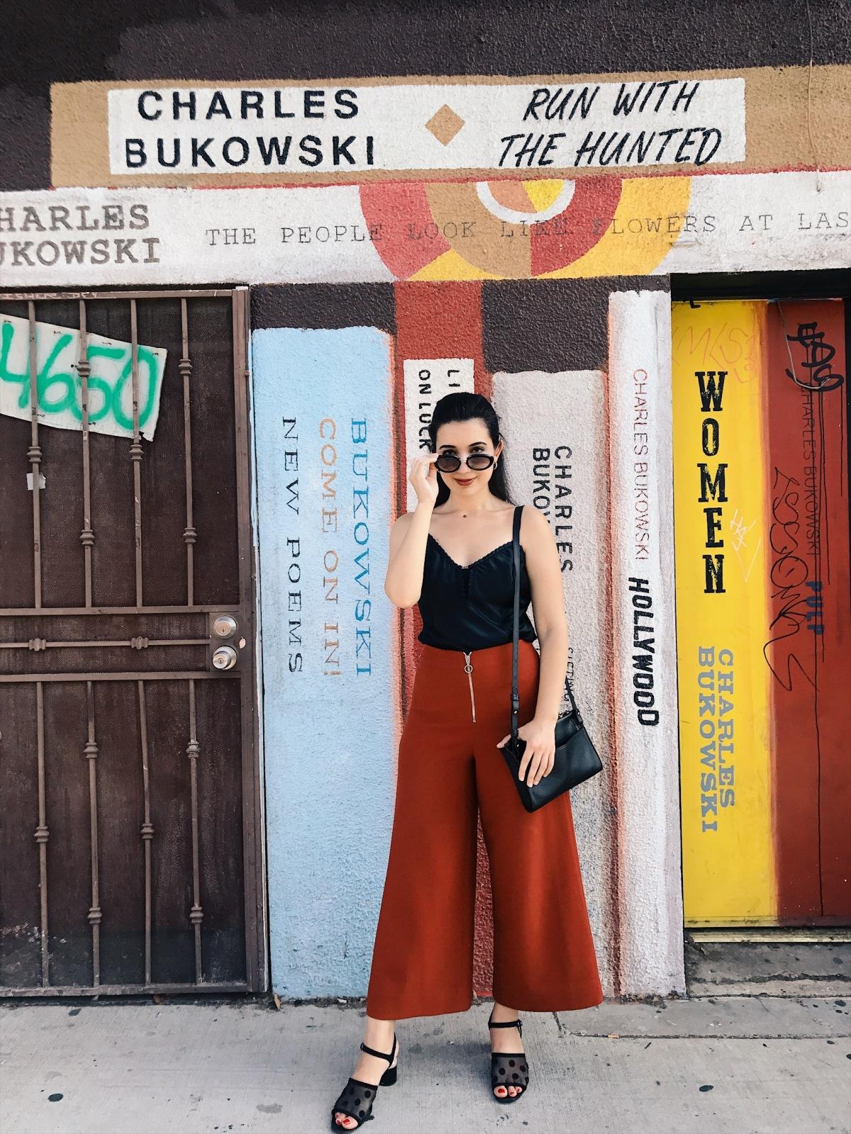 Skylight Books, book wall mural, bookish, Los Angeles books, Zara, culottes, black tank top, vintage fashion, fashion blogger, style blogger, book blogger