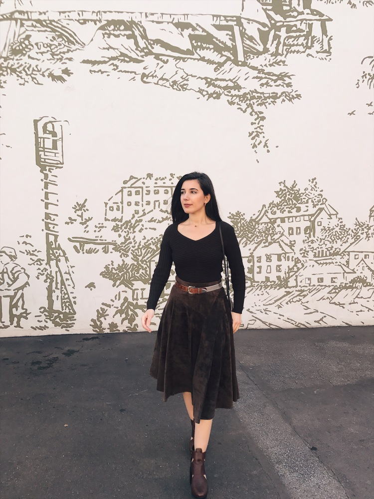 monochromatic outfit, brown suede, brown ankle boots, brown belt, Burberry, Burberry Spring 2019 Ready-to-Wear, Mr. Tisci, lookbook, ootd, outfit of the day, chic, winter style, Los Angeles street style, LA style, Los Angeles fashion blogger, style blogger, LA fashion blogger, Sorel, Burberry, mid-length skirt, vintage fashion, West Hollywood