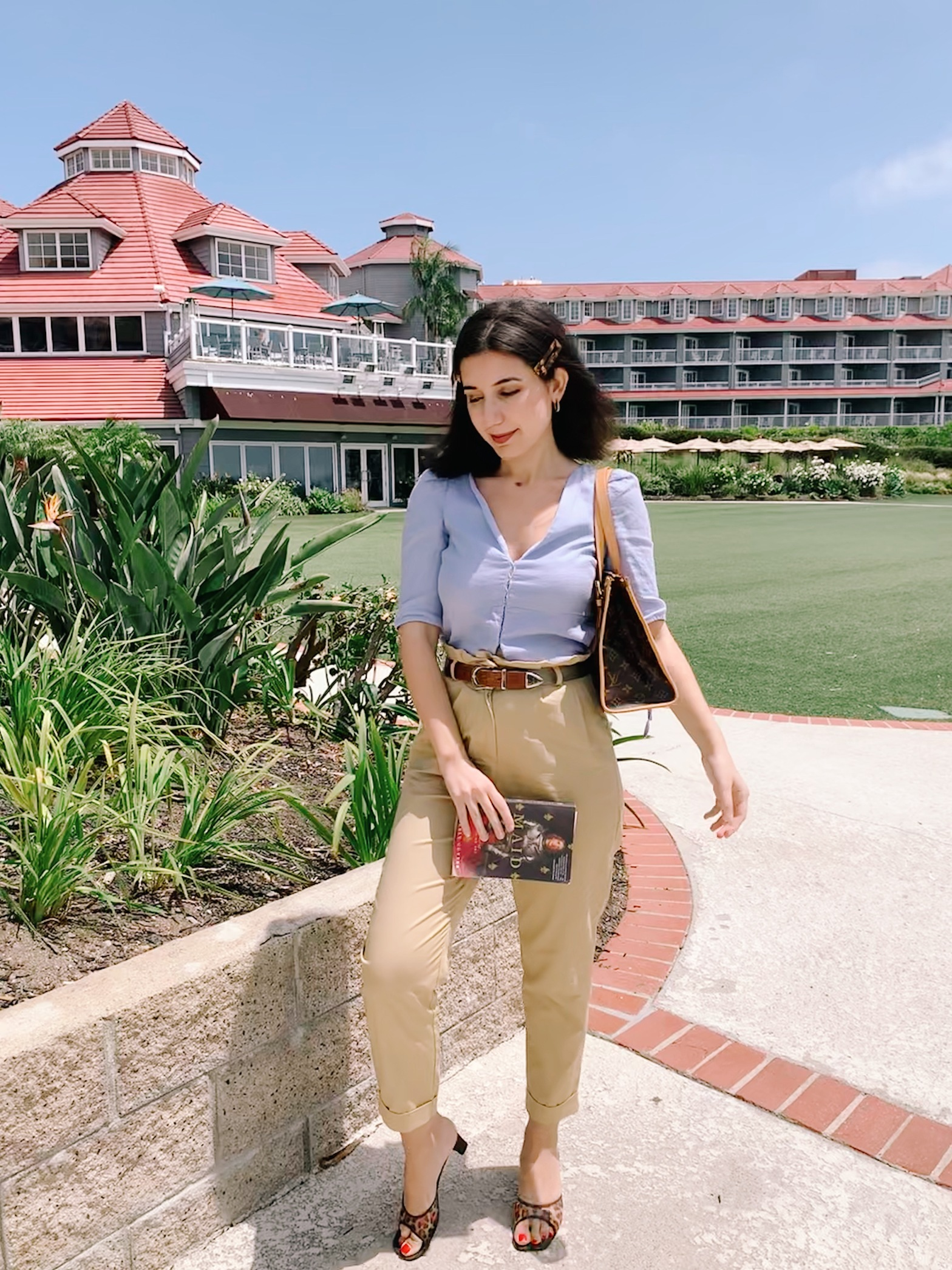 Dana Point, vacation fashion, beach fashion, beach style, Dana Point hotel, Fourth of July, ready to wear, resort wear, summer fashion, summer 2020 fashion, socially distanced summer, Fourth of July fashion, ootd, outfit of the day, linen, paper bag pants, trousers, khaki, blue, cheetah print, open toe shoes, vintage fashion, vintage belt, Laguna beach, Louis Vuitton, Louis Vuitton purse, casual clothes, off duty style, hair accessories, fashion blogger, vintage fashion blogger, 1930s style, fashion history, holiday style, summer resort, Laguna Beach, Orange County, Orange County style, OC style,