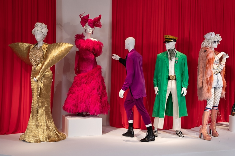FIDM Art of Television Costume Design Exhibition, Pose TV costumes, television costumes