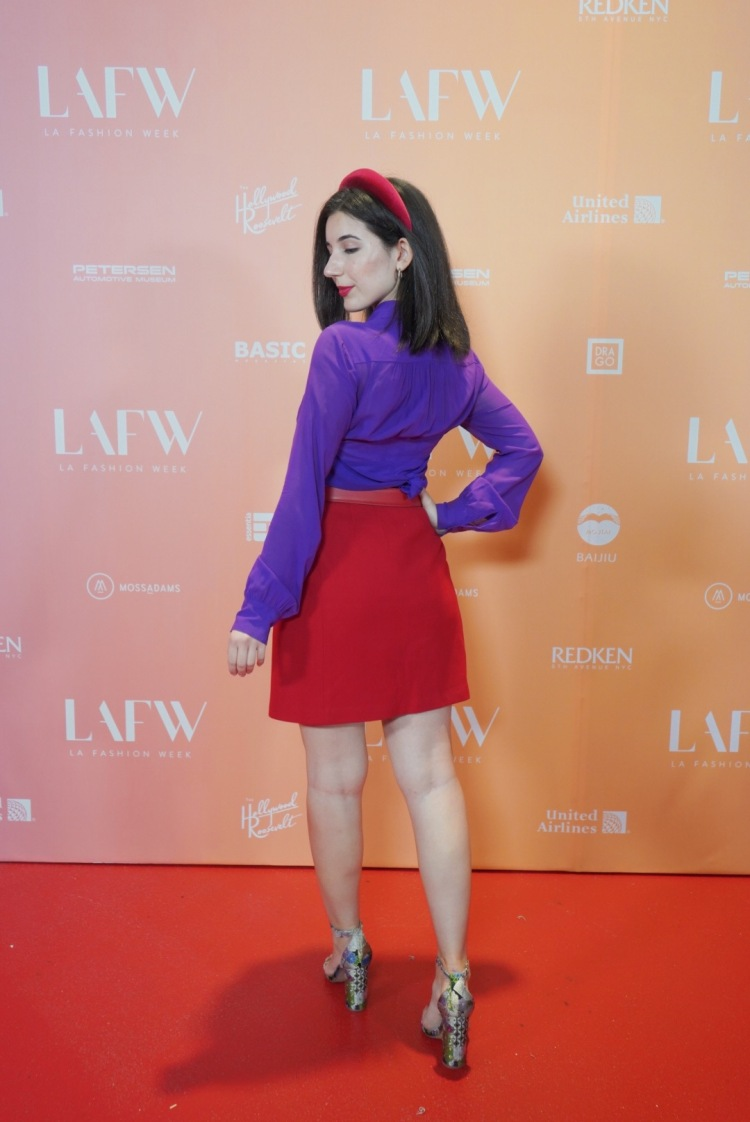 fashion month, SS20, runway, red carpet, fashion week, LA Fashion Week, Los Angeles fashion, fall fashion, Gucci belt, Steve Madden shoes, floral shoes, purple blouse, headband, red lips, fashion blogger, LA fashion blogger, vintage fashion, lookbook, outfit of the night