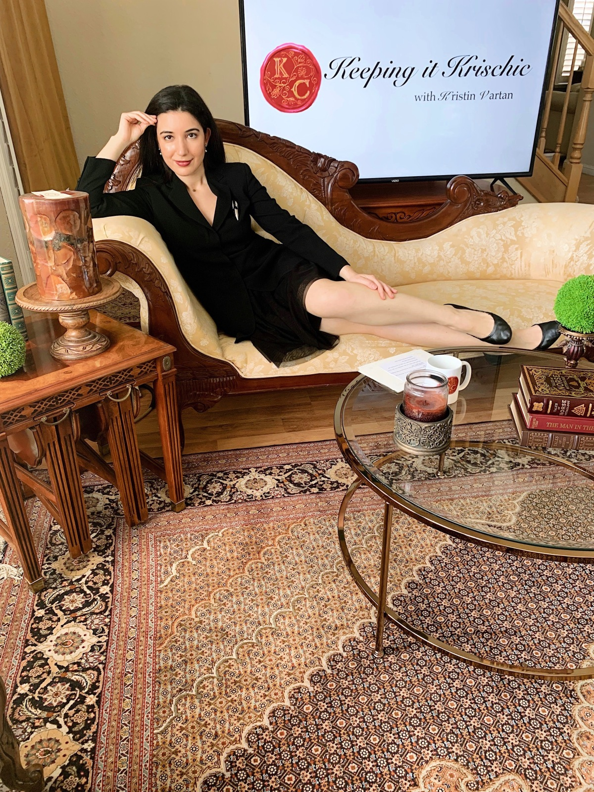 Kristin Vartan, Keeping it Krischic, essential workers, Coronavirus, COVID-19 pandemic, Cares Act, small businesses, Ruben Rojas, Live Through Love, Beautify Earth, United Way, talk show, talk show host, TV host, journalist, MMJ, home studio, work from home, fashion news, Coronavirus news, female journalist, LA Art, wall mural, LA artist, LA mural, You Can't Qurantine Love, Social Distancing, sheltering in place, stay home
