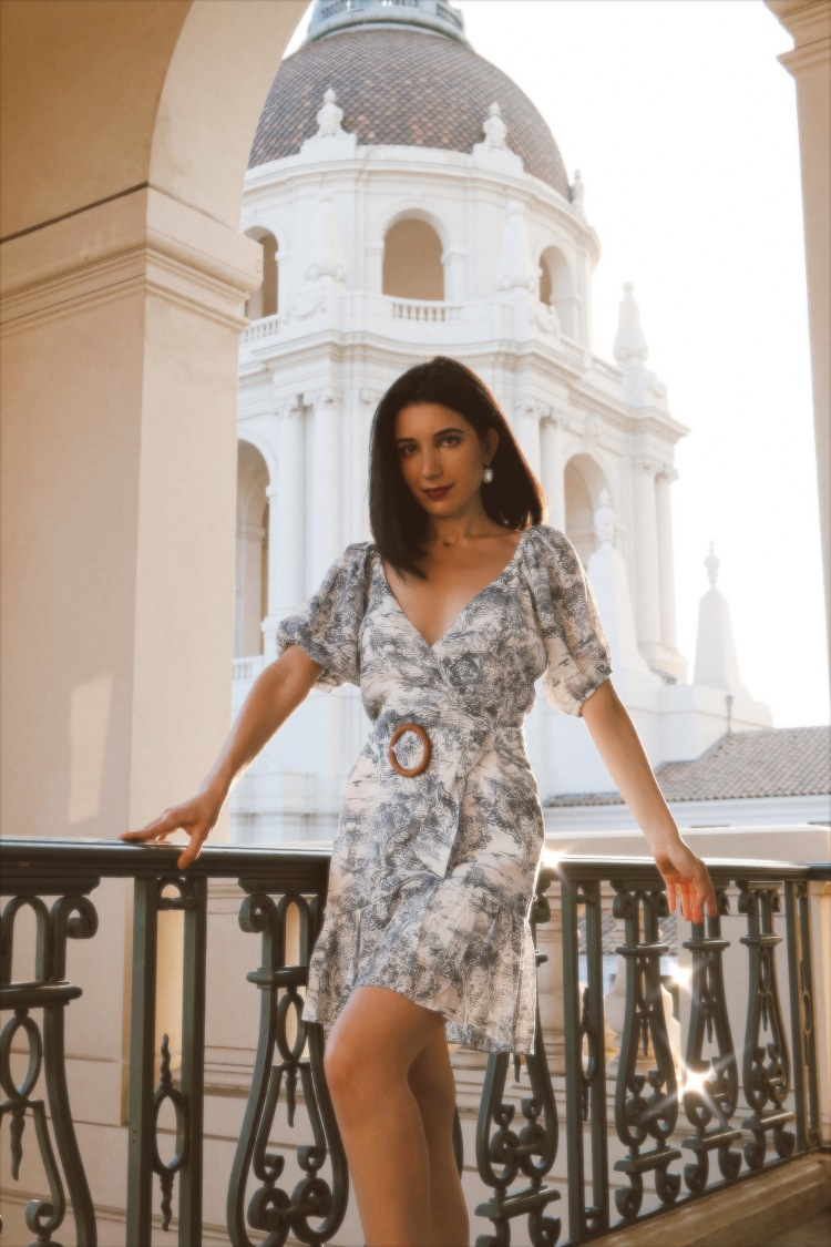 toile, toile print, French fashion, French Countryside, historical architecture, Pasadena City Hall, Pasadena, sundress, Lucy Paris, puffy sleeves, Emily in Paris, girly dress, fashion photography, fashion blogger, style blogger, style diary, sweetheart neckline, french girl style, vintage style, vintage dress