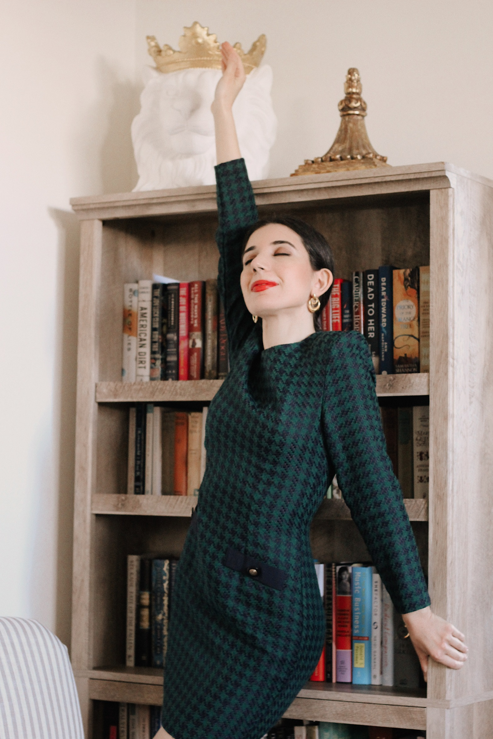 red heels, Christmas outfit, Christmas decorations houndstooth dress, gold hoop earrings, Christmas fashion, holiday fashion, holiday style, holiday outfit, red lips, green dress, shoulder pads