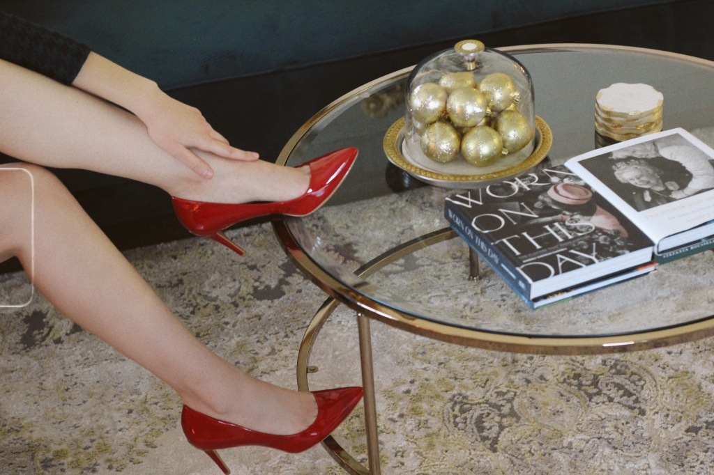 red heels, coffee table books, Christmas outfit, Christmas decorations houndstooth dress, gold hoop earrings, Christmas fashion, holiday fashion, holiday style, holiday outfit,